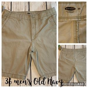 Men's tan 36' waist Old Navy EUC